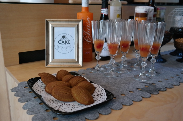Afternoon Bellini and some matcha madeleine for the party!